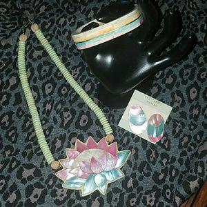 Jewelry - Ladies Jewelry Set